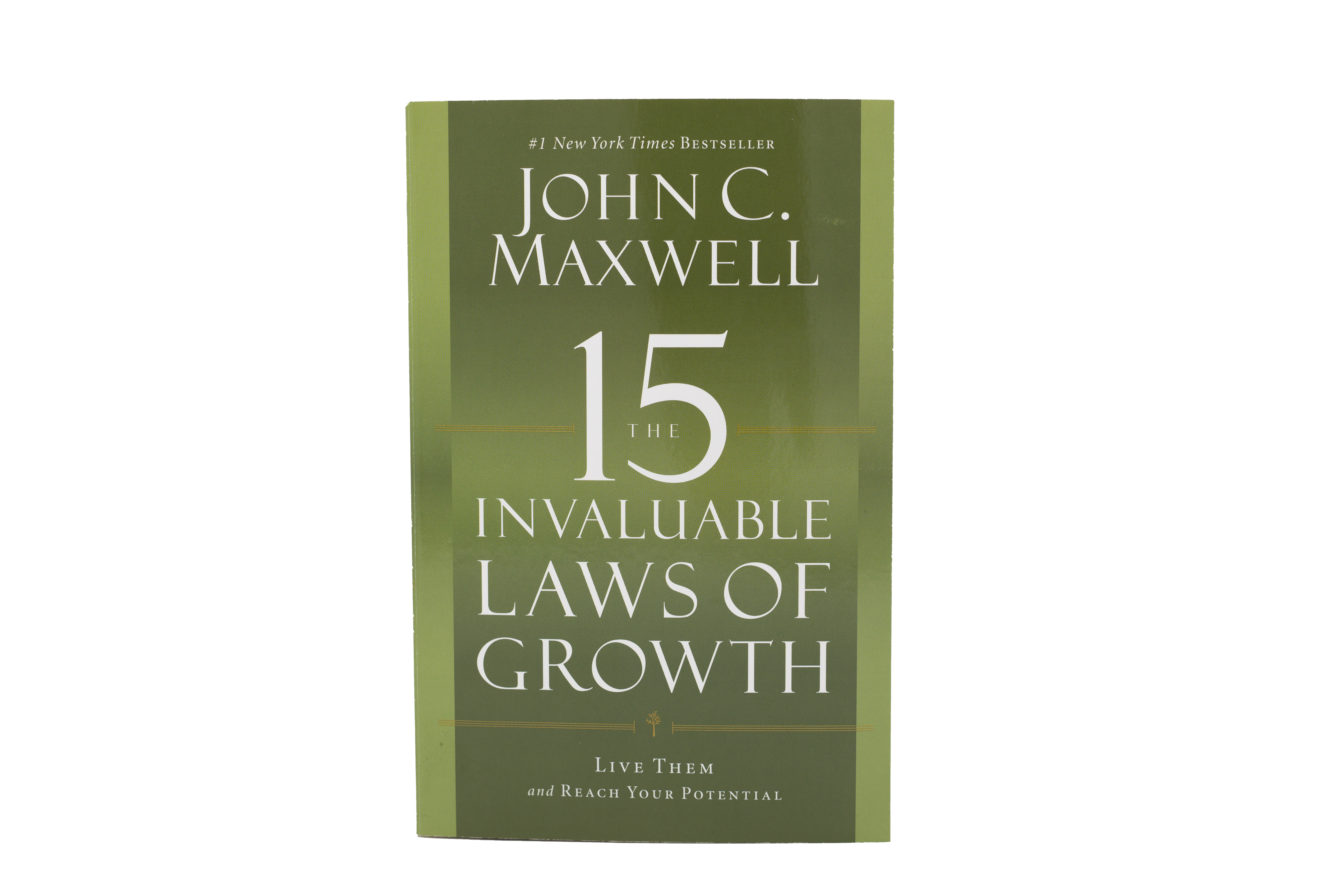 15 Invaluable Laws of Growth - [Paperback]