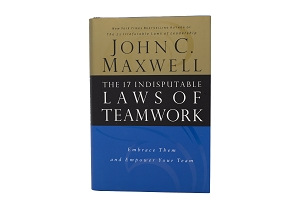 The 17 Indisputable Laws of Teamwork [Hardcover]