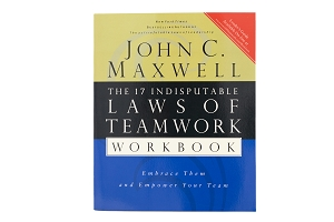 The 17 Indisputable Laws of Teamwork Workbook [Paperback]