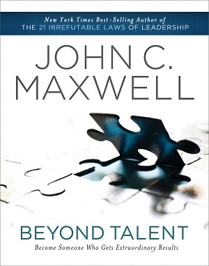 Beyond Talent [Paperback] (Spanish)